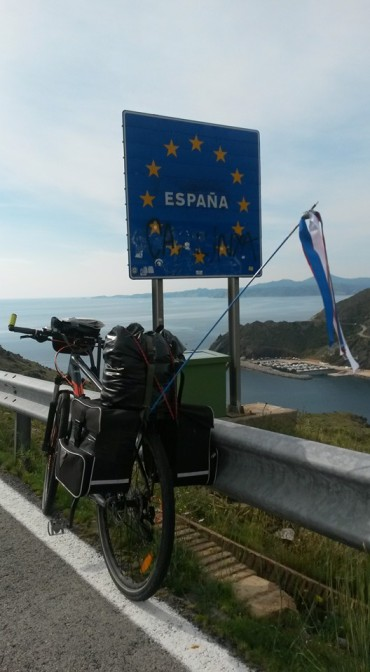 På grensa til Spania. Foto: Arne Ingvaldsen.