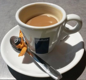 Velfortjent kaffe! Foto: Arne Ingvaldsen.