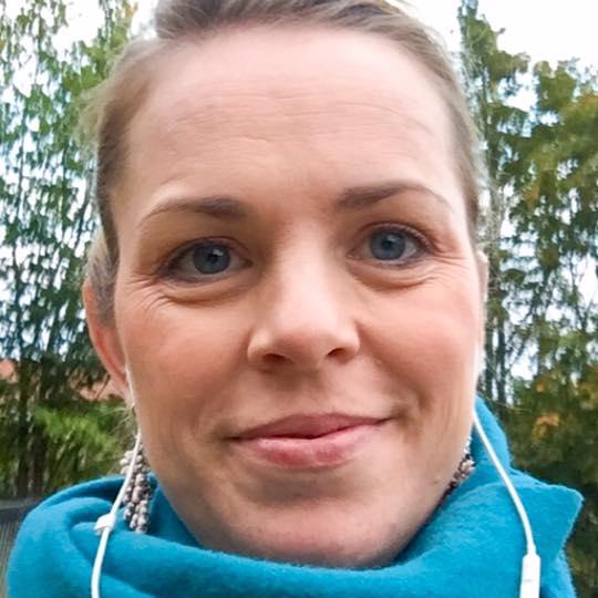 Marie Lunde blogger om hva det vil si å være menneske, også når hun nettopp har blitt operert for kreft. Foto: Privat.
